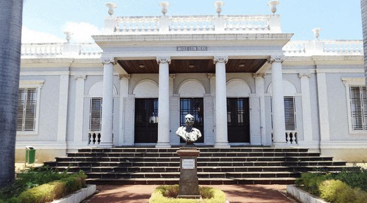 Musee Leon Dierx museum of modern african art