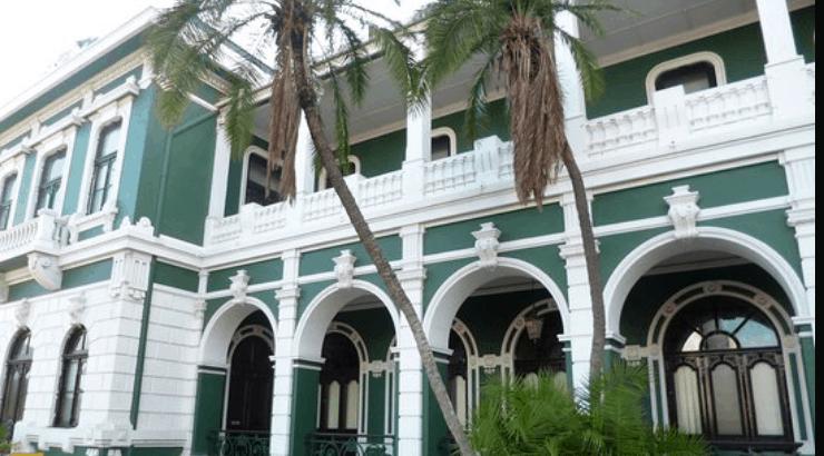 Museu dos CFM Maputo museum of modern african art